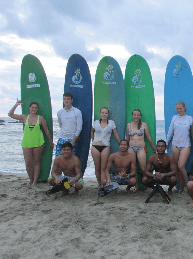 Clases de surf en Puerto Escondido, Oaxaca México.