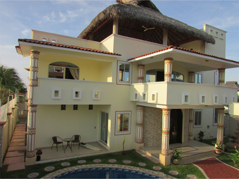 Luxury lodging moon house puerto escondido oaxaca mexico