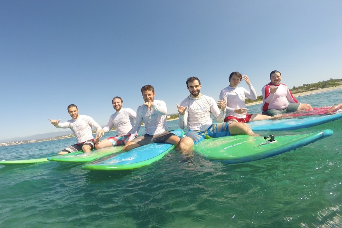 Semiprivate surf lessons with vidasurf ecotours